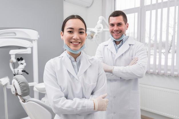 Nevidni zobni aparat po ugodni ceni