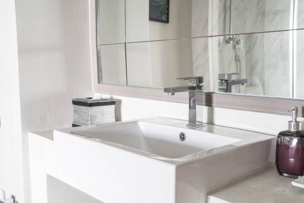 Kdaj je potrebna temeljita prenova kopalnice?