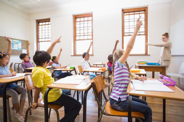 Vzemite izobraževanje otrok v svoje roke!