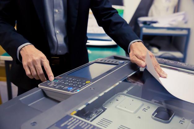 Konica Minolta C250i nam omogoča hitro tiskanje